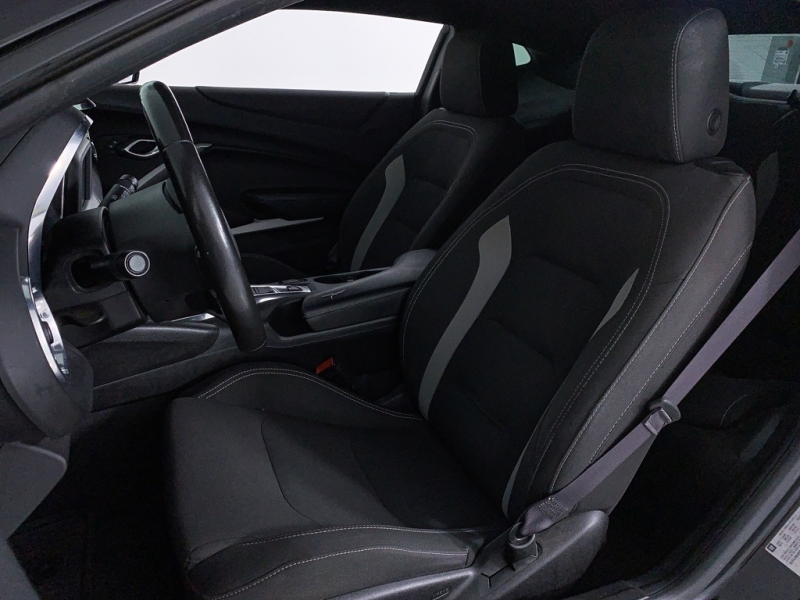 Chevrolet Camaro 2017 price $19,380