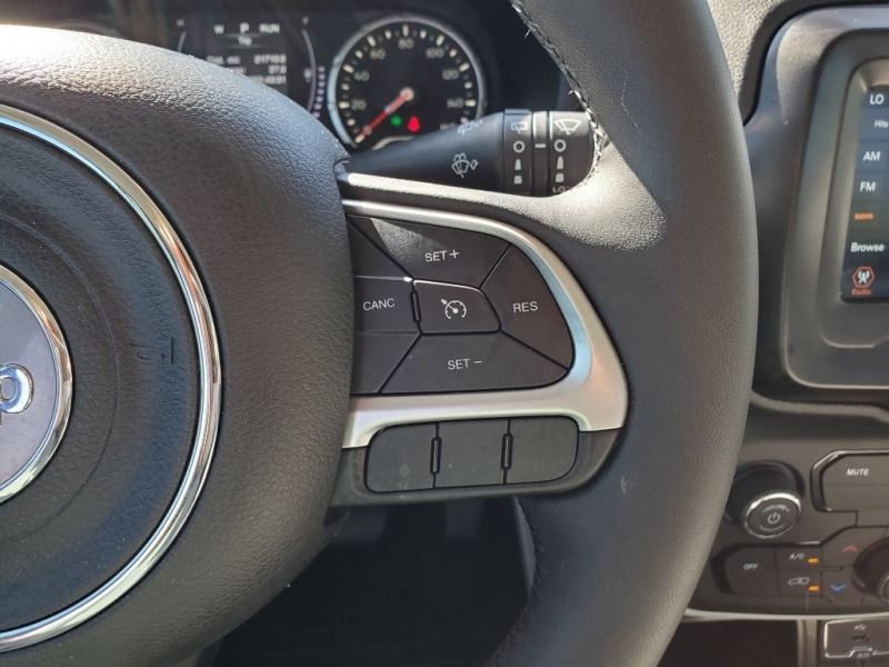 Jeep Renegade 2018 price $16,639
