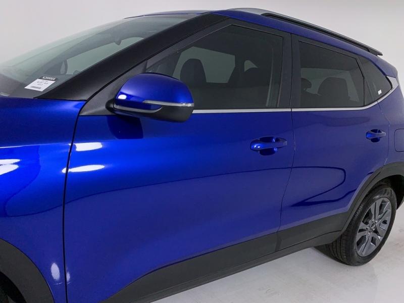 Kia Seltos 2021 price $18,960