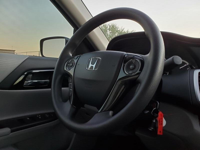 Honda Accord 2017 price $15,477