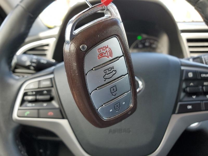 Hyundai Elantra 2017 price $12,479
