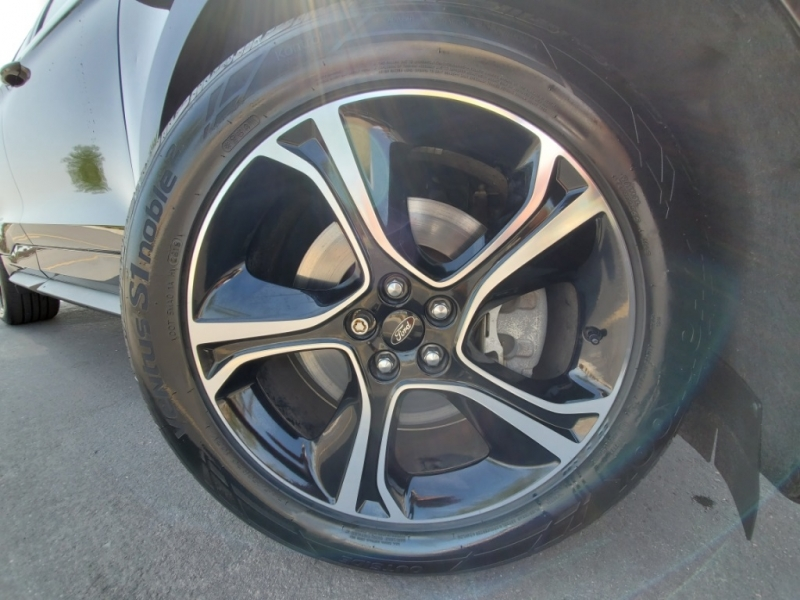 Ford Edge 2019 price $34,477