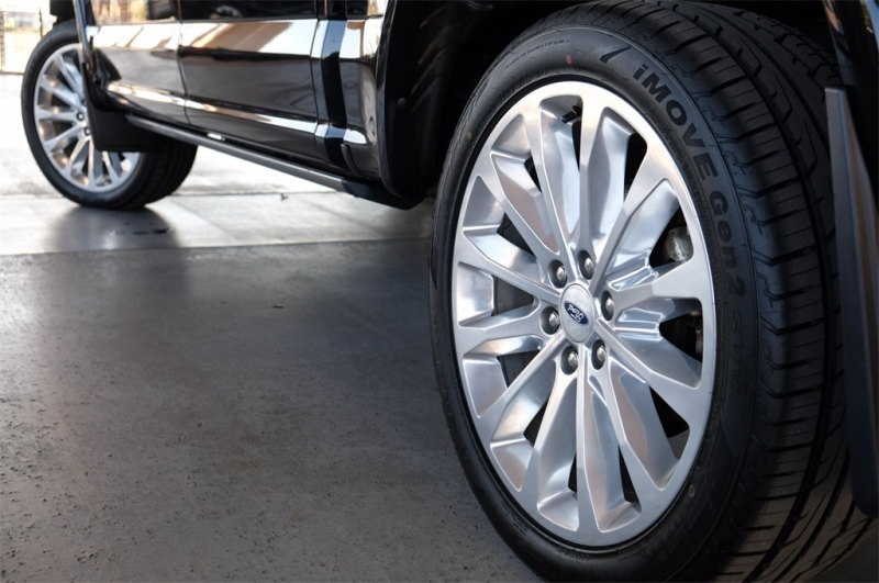 Ford F-150 2019 price $54,958