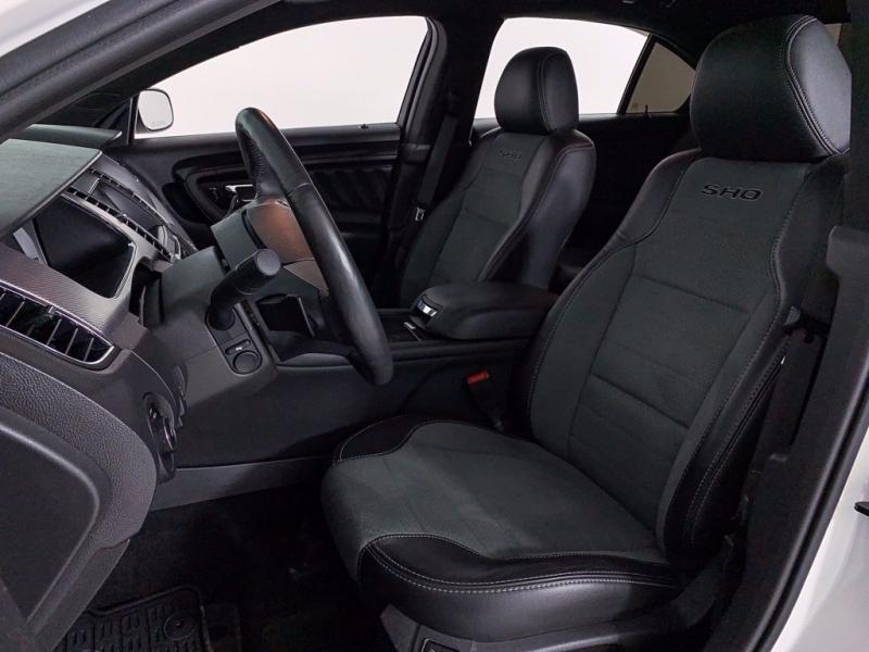 Ford Taurus 2017 price $28,264