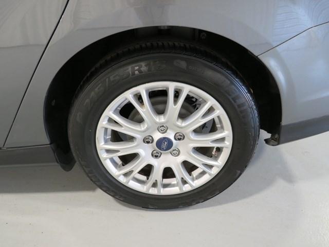 Ford Focus 2012 price $8,001
