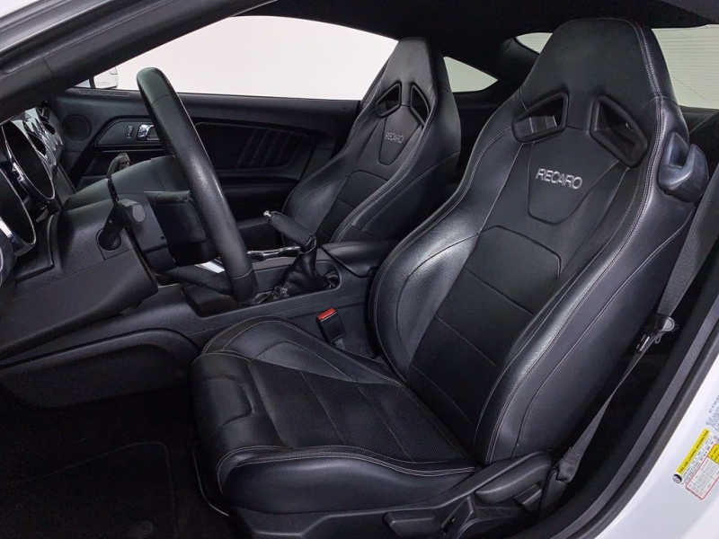 Ford Mustang 2015 price $28,800