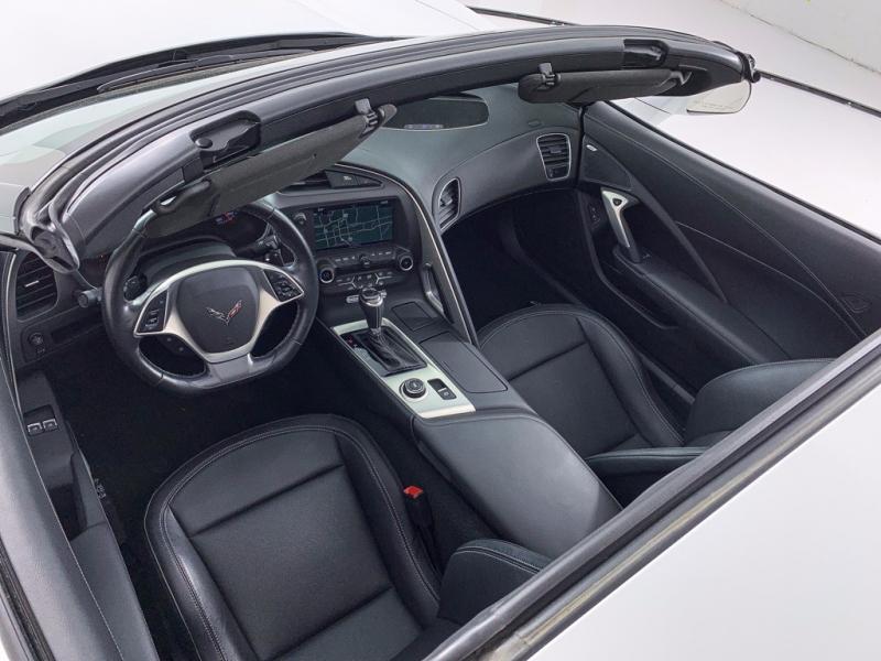 Chevrolet Corvette 2019 price $61,991