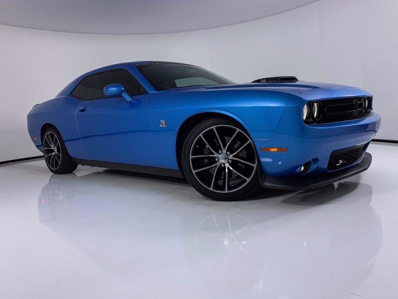 Dodge Challenger 2015 price $27,875