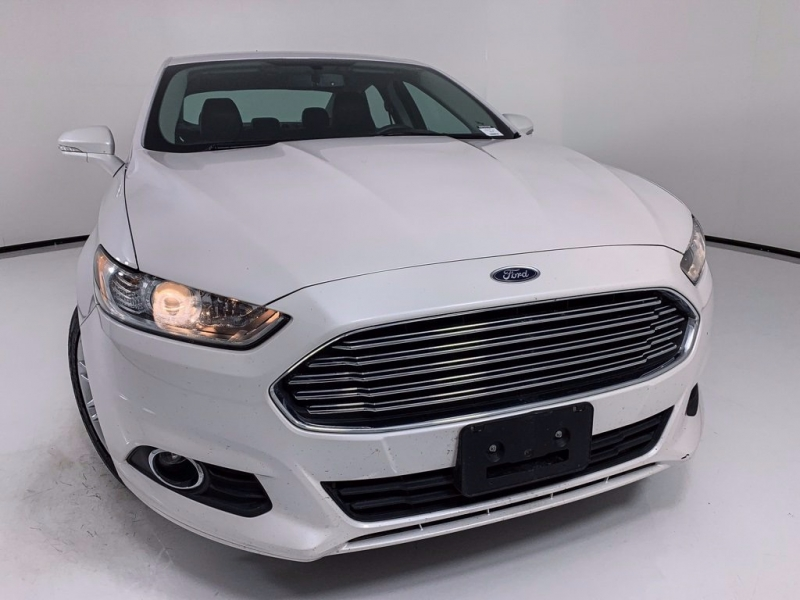 Ford Fusion 2016 price $12,950