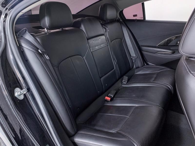 Buick LaCrosse 2016 price $17,800