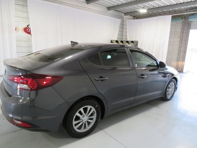 Hyundai Elantra 2020 price $17,357