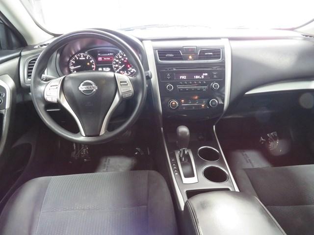 Nissan Altima 2015 price $10,888