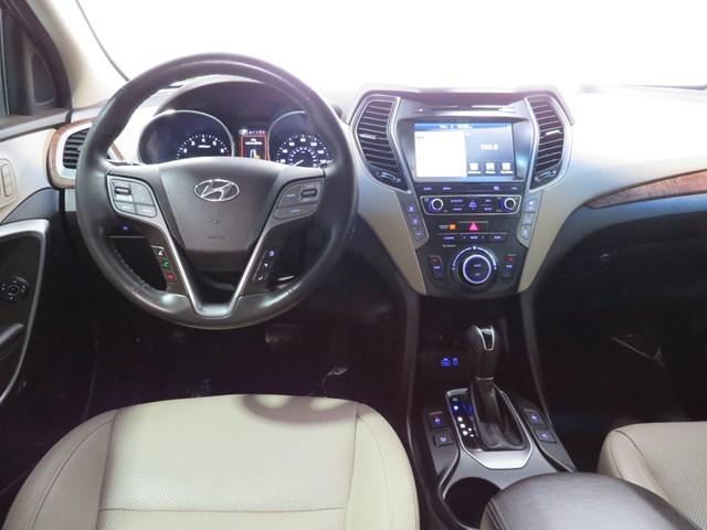 Hyundai Santa Fe 2018 price $24,996