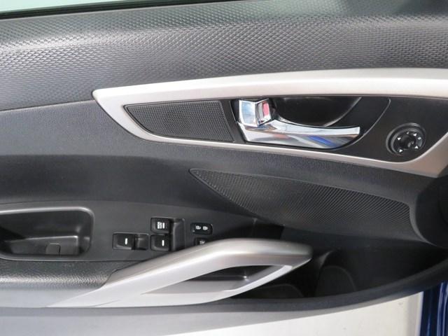 Hyundai Veloster 2017 price $10,999