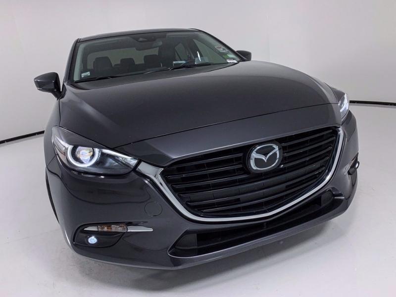 Mazda Mazda3 2018 price $17,991