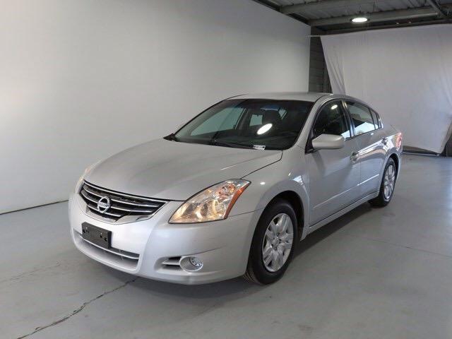 Nissan Altima 2010 price $6,995