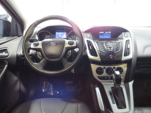 Ford Focus 2013 price $8,297