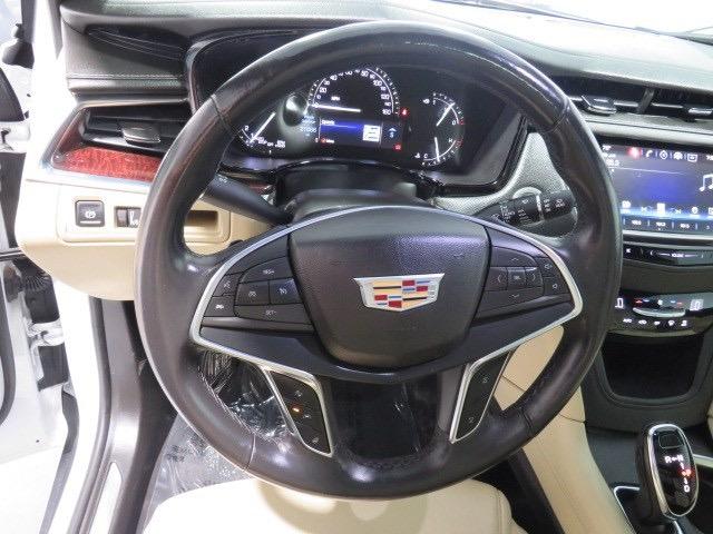 Cadillac XT5 2018 price $35,227