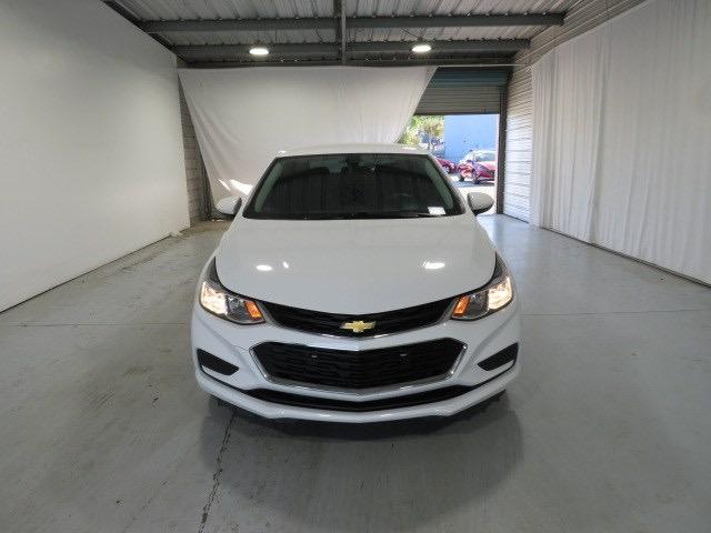 Chevrolet Cruze 2018 price $15,412