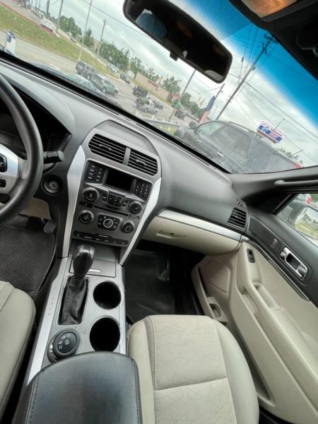Ford Explorer 2012 price $8,490