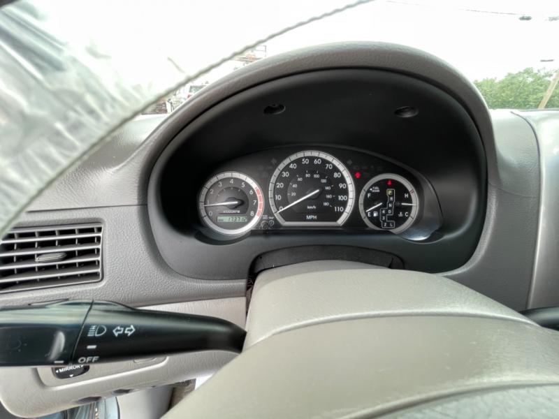 Toyota Sienna 2006 price $5,990
