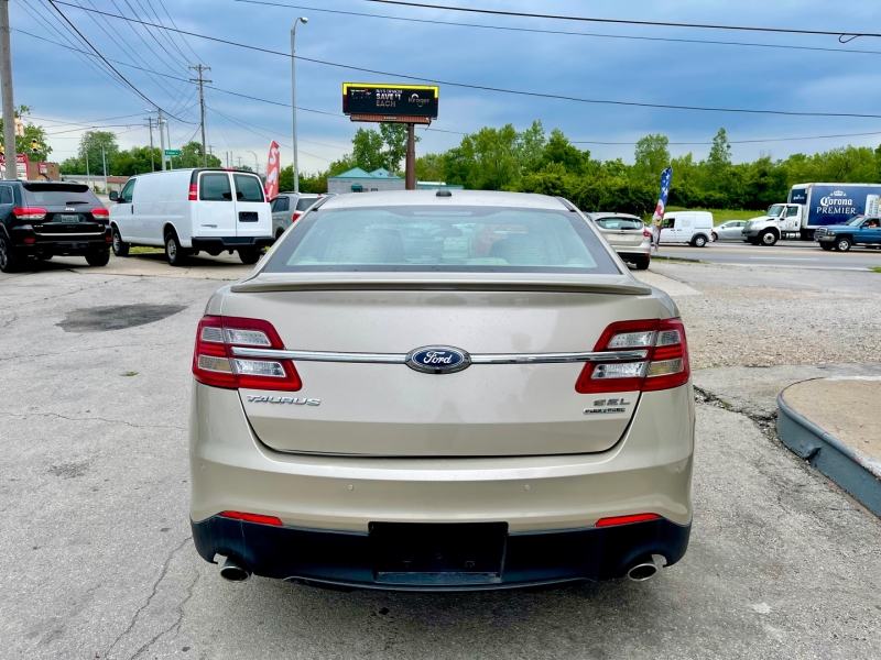 Ford Taurus 2017 price $12,999