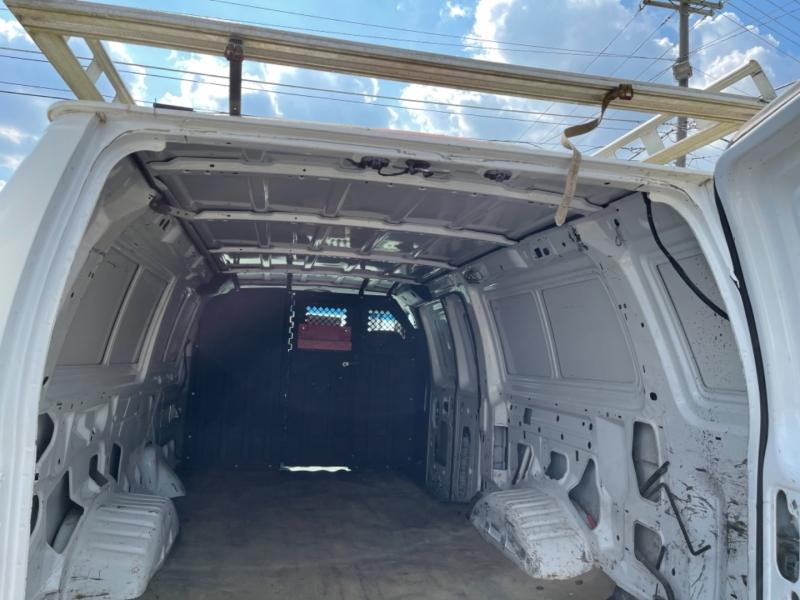Ford Econoline Cargo Van 2008 price $11,900