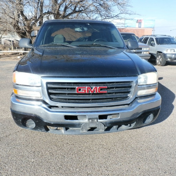 GMC NEW SIERRA 2003 price $7,900