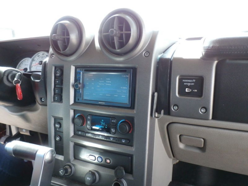 HUMMER H2 2004 price $15,900