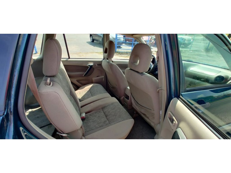 TOYOTA RAV4 2003 price $3,995