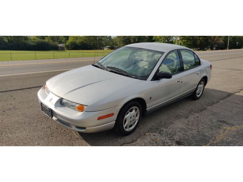 SATURN SL2 2002 price $1,999