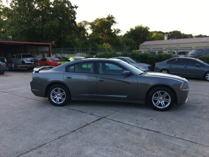 Dodge Charger 2011 price $11,500