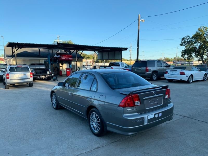 Honda Civic 2005 price $4,000