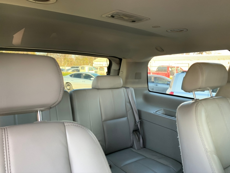 Chevrolet Tahoe 2008 price $12,000