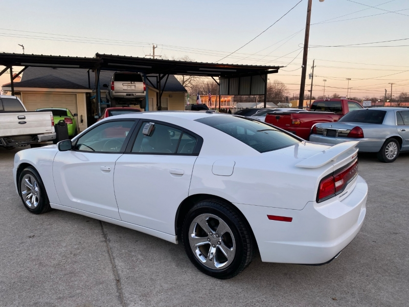 Dodge Charger 2014 price $17,500