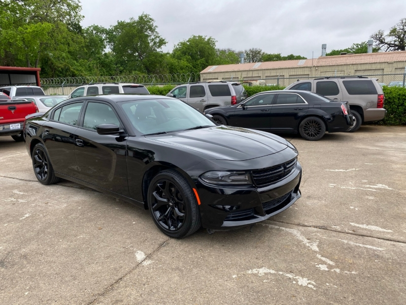 Dodge Charger 2018 price $28,000
