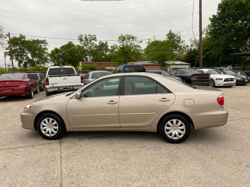 Toyota Camry 2005 price $6,500