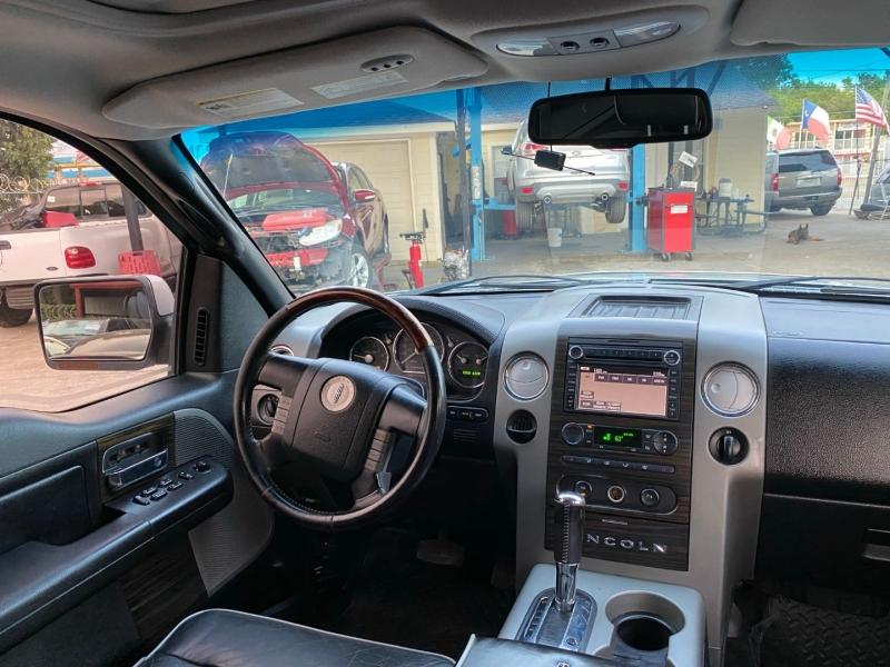 Lincoln Mark LT 2007 price $11,500