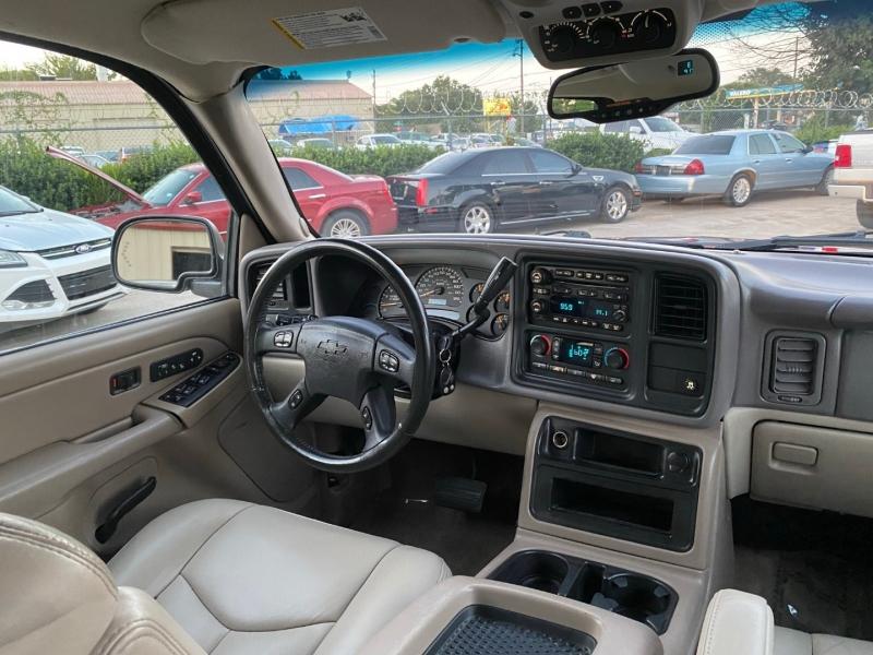 Chevrolet Suburban 2006 price $7,500