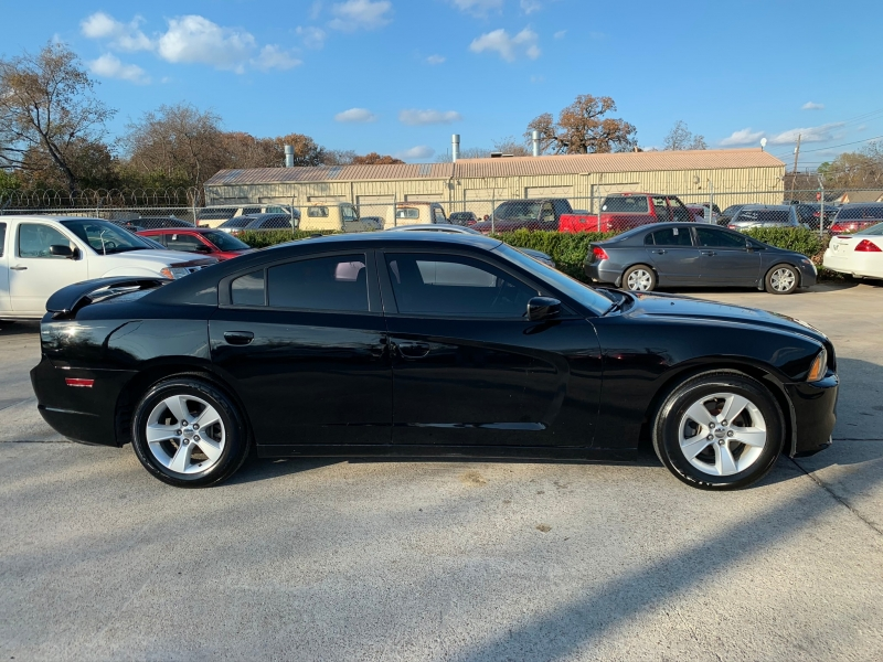 Dodge Charger 2013 price $14,000