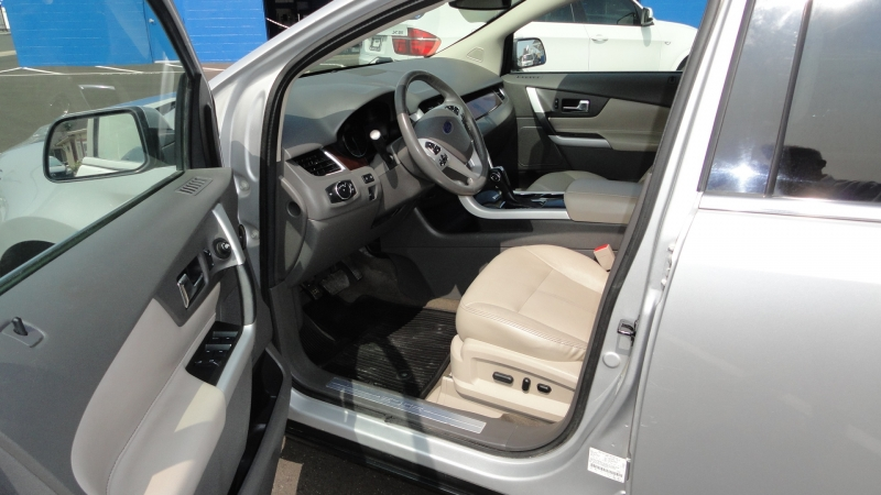 Ford Edge 2014 price $11,950