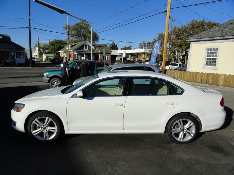 Volkswagen Passat 2015 price $9,950