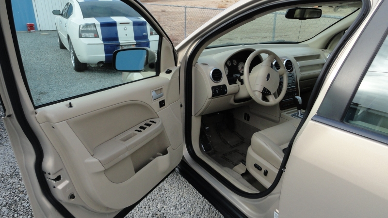 Ford Freestyle 2007 price $5,950