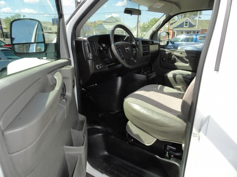 GMC Savana Cargo Van 2008 price $9,950