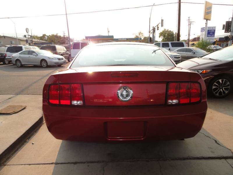 Ford Mustang 2007 price $7,950