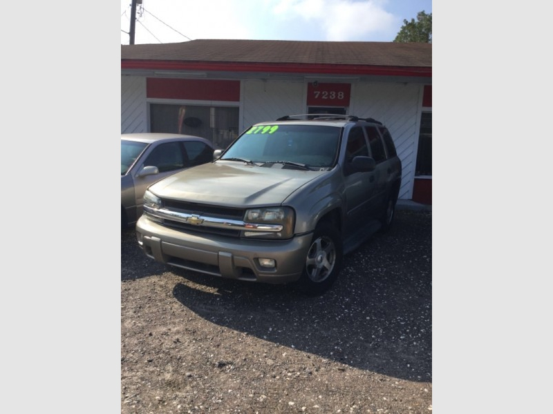 CHEVROLET TRAILBLAZER 2003 price $2,500