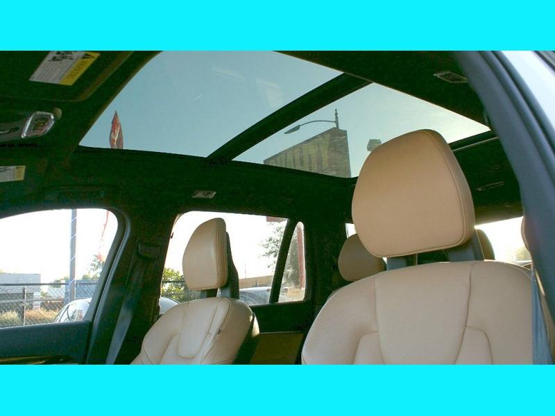 Volvo XC 90 2018 price $39,995