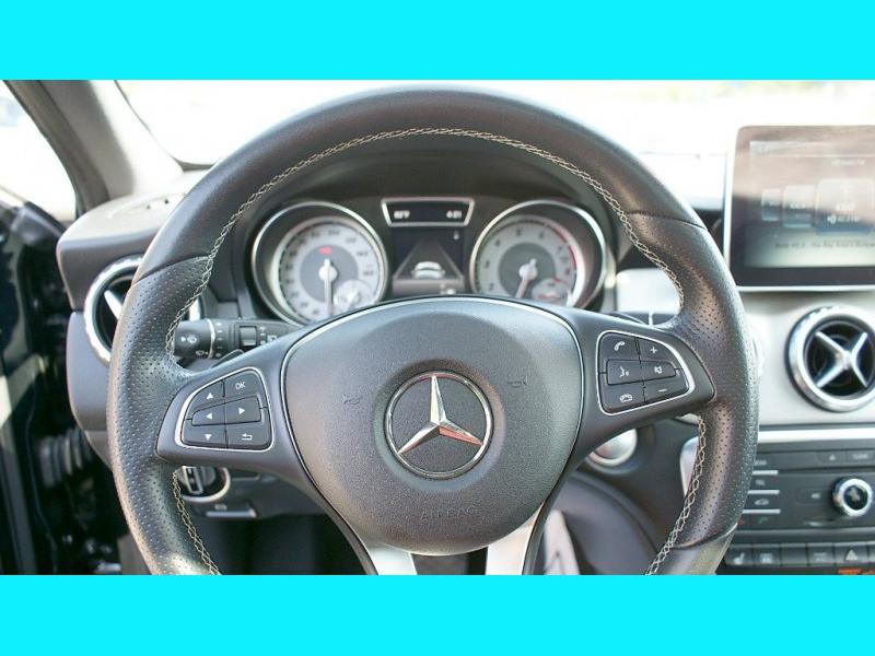 Mercedes-Benz G-Class 2016 price $21,995