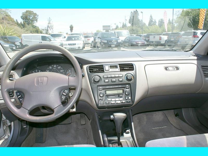 Honda Accord Sdn 2002 price $5,995