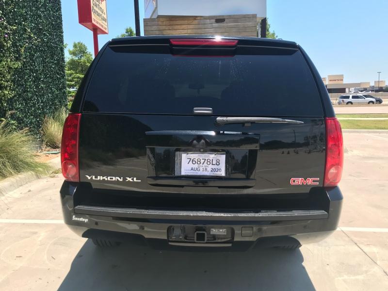 GMC Yukon XL 2014 price $11,999